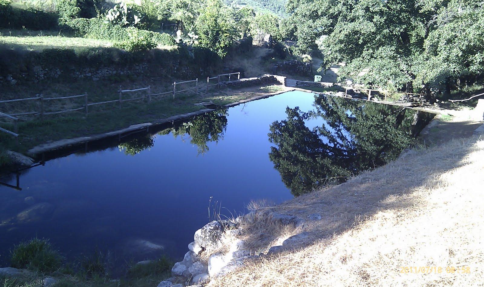 Zocailla casa rural piscinas naturales gata for Escapada rural piscinas naturales