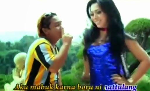 Video Lagu Attennang Goyang Dangdut Ala Batak dari Trio Alexis