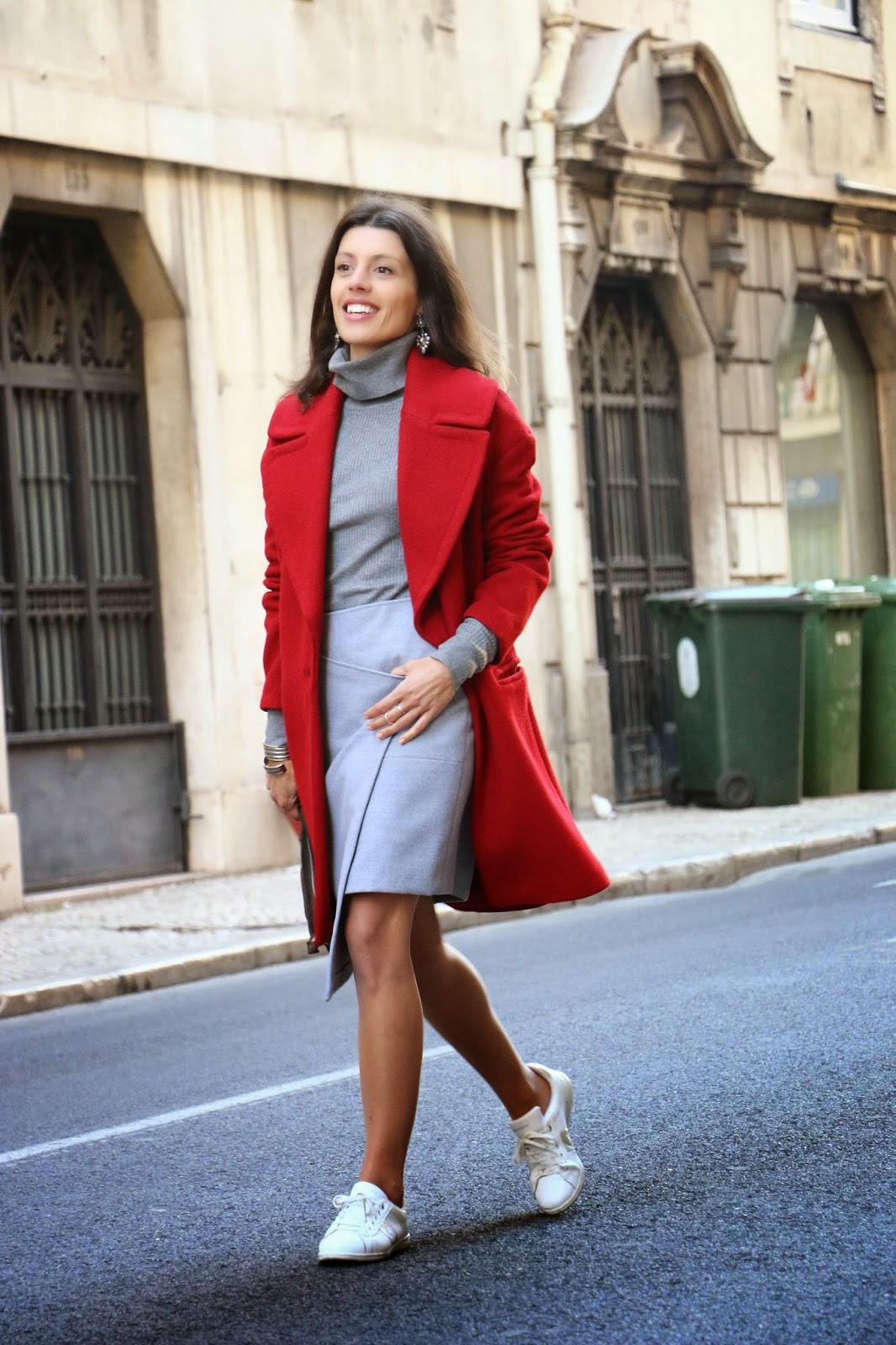 http://ilovefitametrica.blogspot.pt/2014/12/spreading-red-in-city.html