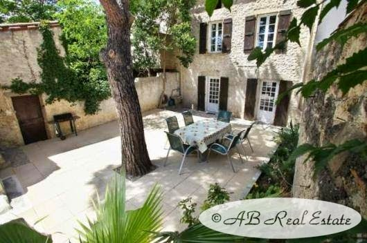 ab real estate france character house for sale in beziers languedoc roussillon south of france. Black Bedroom Furniture Sets. Home Design Ideas