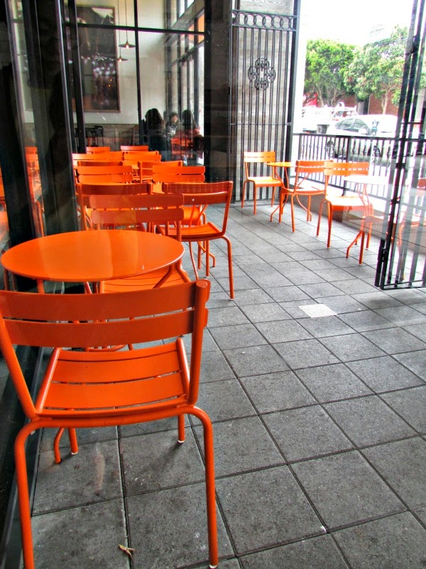 La Boulange de Sunset- Outdoor Patio Seating