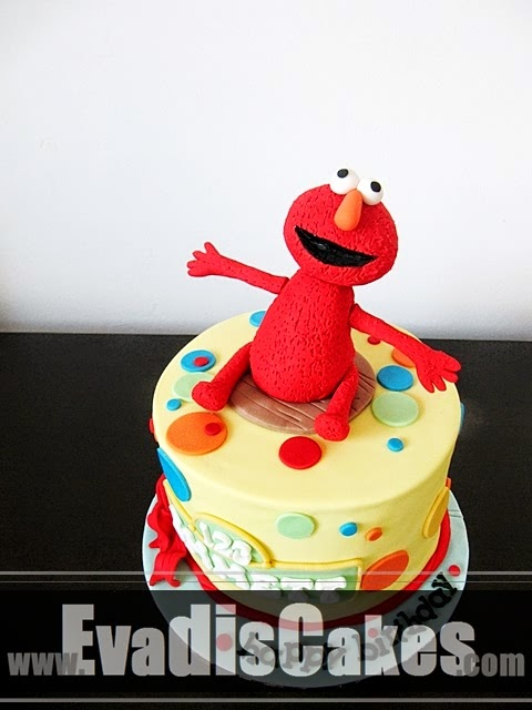 Top view picture of Elmo Cake