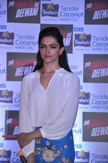 Deepika Padukone Pictures at Parae Advansed Tender Coconut Hair Oil Launch Event 0003
