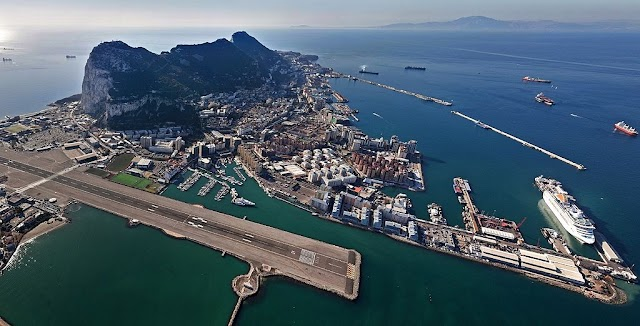 How to Get from Europe to Africa? Fly one of the shortest intercontinental flights - Gibraltar > Tangiers!