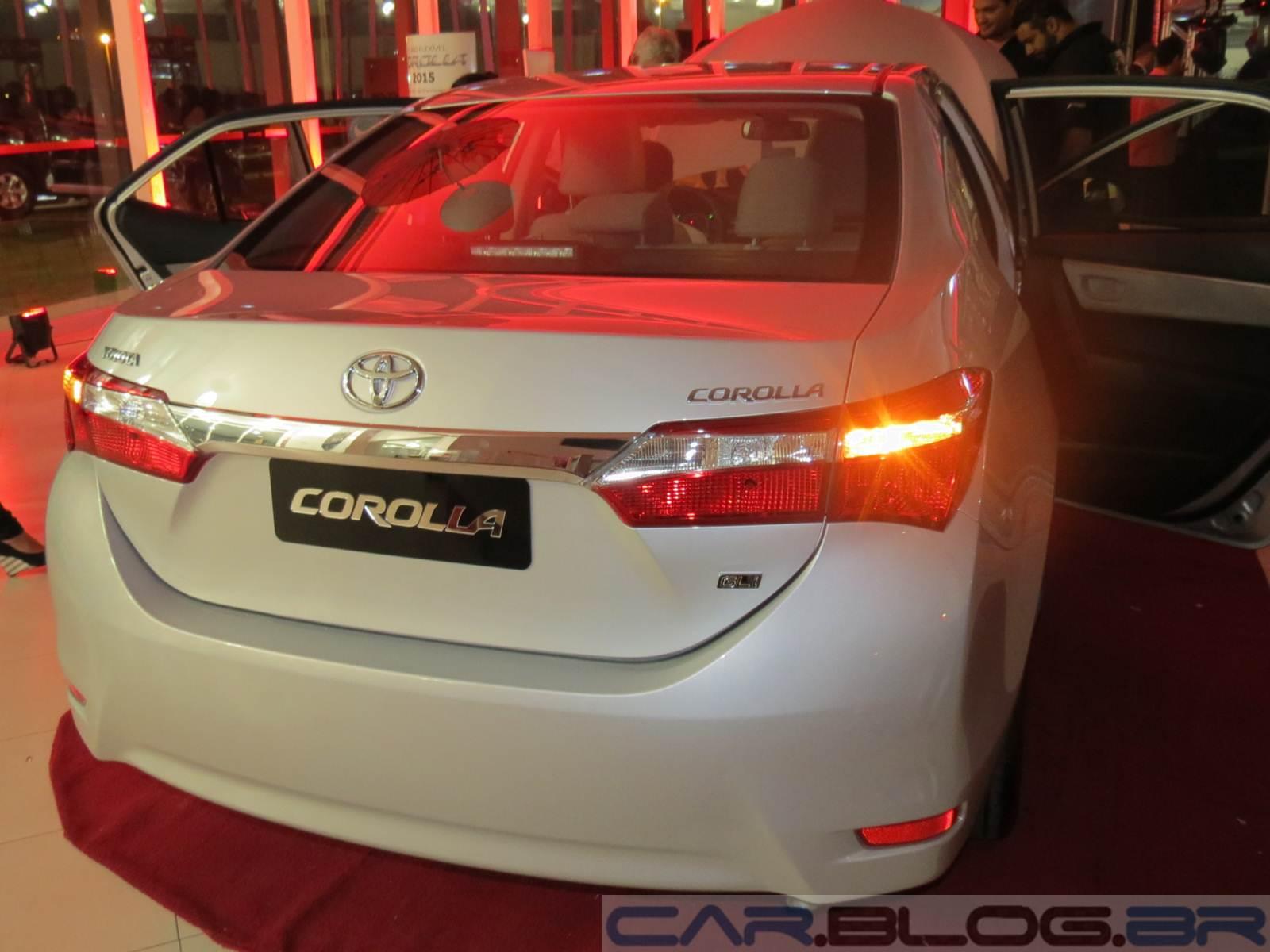 Novo Corolla GLi 1.8 Automático 2015