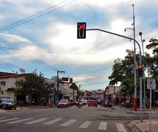 Prefeitura de Caxias inicia implantação de novos semáforos na cidade