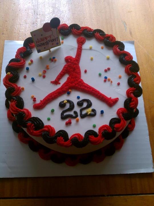 Cake Design Jordan : Introducing....: Jordan cake returns but in red and black!!!