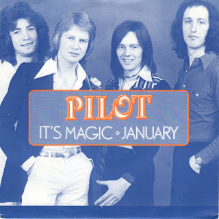 pilot its magic br music Download Iklan Lagu Mio J 2012 (Lagu Pilot – It's Magic)