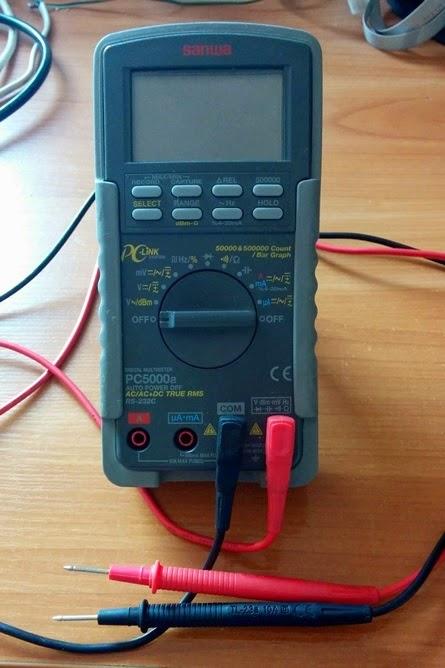 miernik, multimetr, mierzenie napięcia, mierzenie natężenia prądu