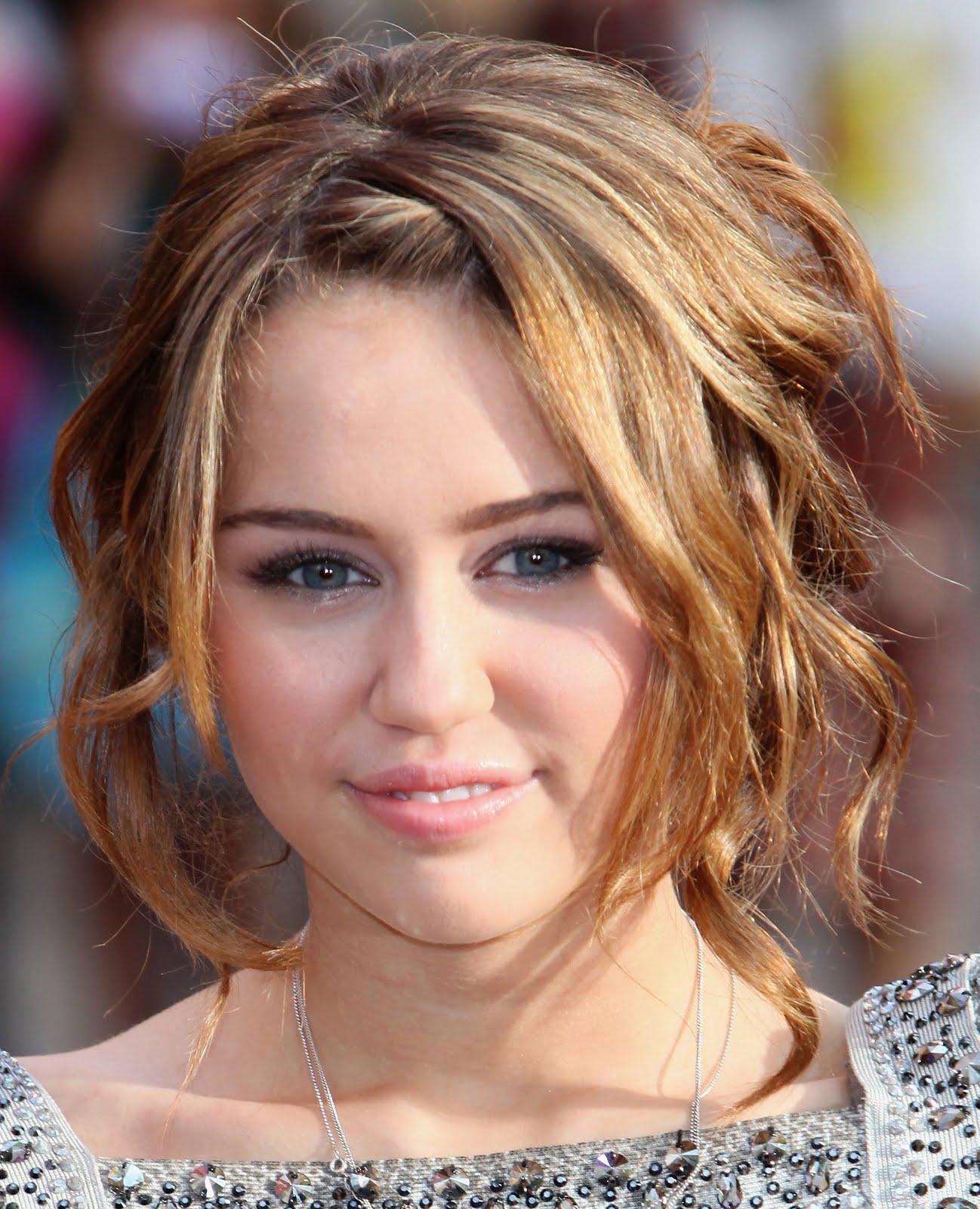 http://4.bp.blogspot.com/-pDJzEKtSkrA/T9VVshG2lGI/AAAAAAAADnk/wbDC-pXARq0/s1600/Miley+Cyrus-piccol.jpg