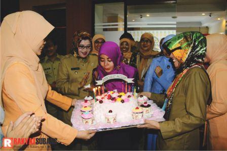 Selamat Ulang Tahun Ibu Dewi Nurmalasari