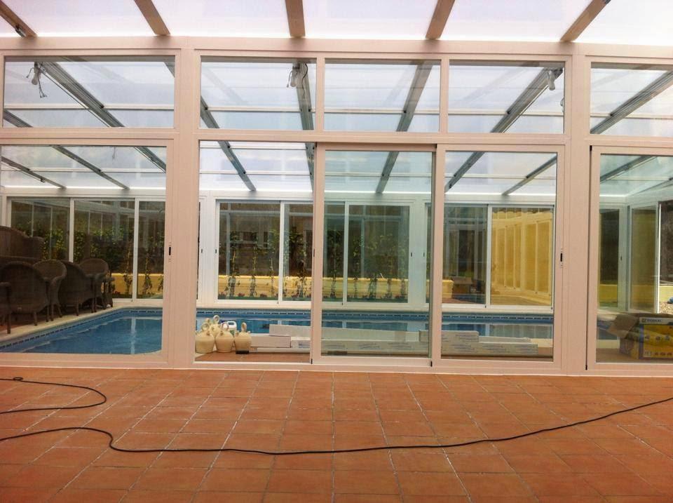 Techos y cubiertas cerramientos y cubiertas para for Cerramientos para piscinas