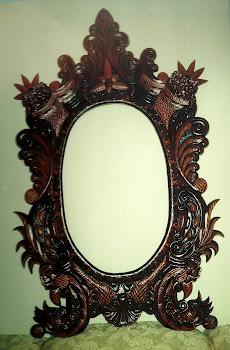 moudura  espelho  todo  entalhado a   mão