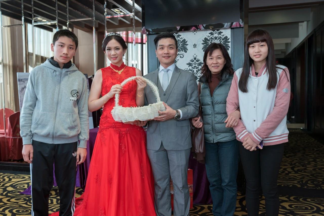 龍潭儷宴會館 新竹婚攝 優質婚攝 婚禮紀錄 婚攝推薦 桃園婚攝 永恆的幸福 eternal love 小姜