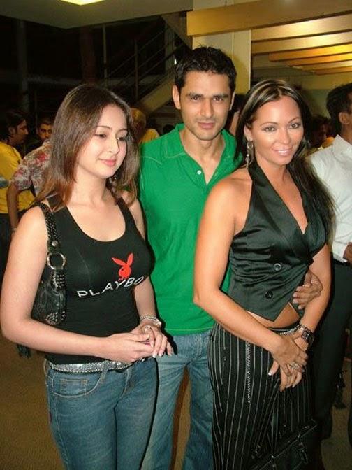 Preeti Jhangiani Hot Pics in tight innerwear wearing a black playbot tight tophot pics hd download now