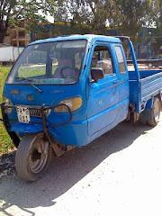 teherautó 3 kerékkel ?