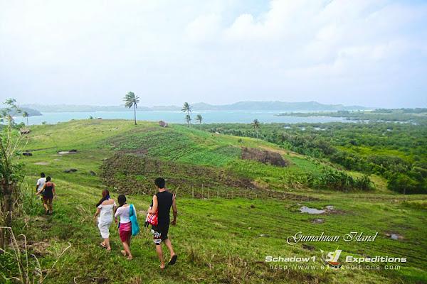 Trekking Guinahuan Island Caramoan - Schadow1 Expeditions