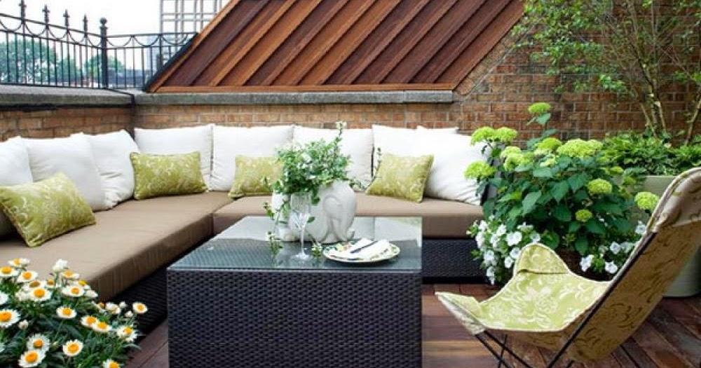 Cozy balcony design in backyard | Backyard Design Ideas
