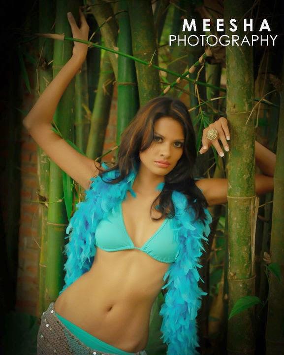 Charitha Waidyasiri blue bikini