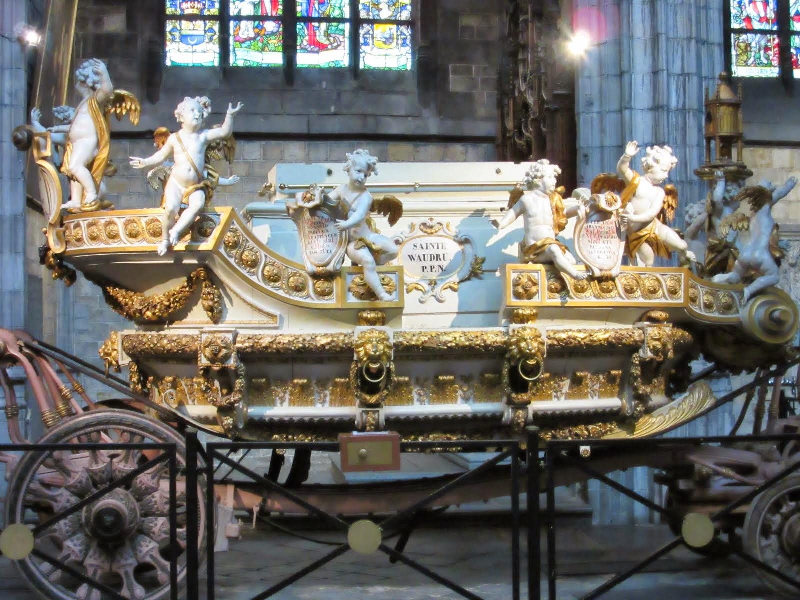 Tolle Kutsche in Mons