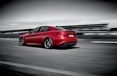 Η Alfa Romeo στη Διεθνή Έκθεση Αυτοκινήτου του Dubai 2015