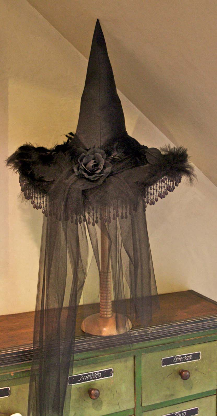Decorating Ideas > Octoberfarm Halloween Decorating Tutorial ~ 093352_Halloween Decoration Ideas Witch
