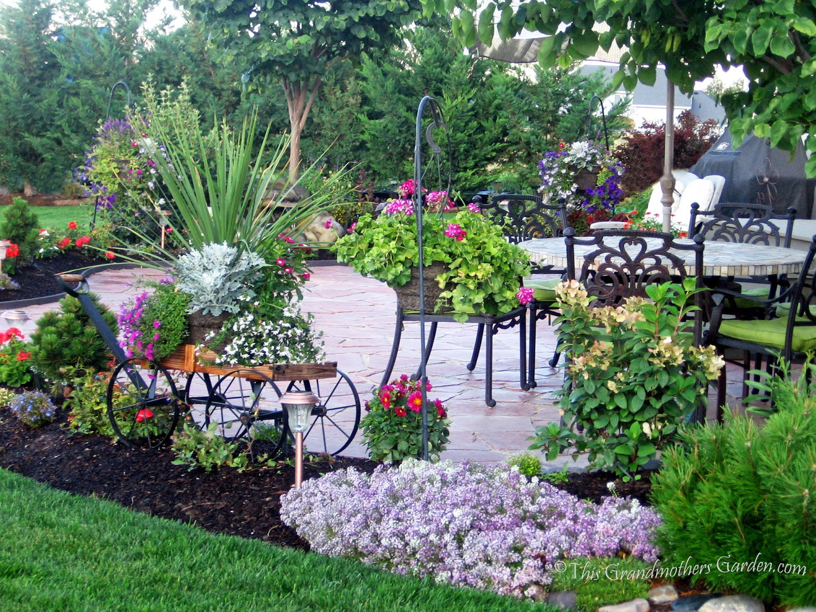 This Grandmother s Garden You Can Build a Flagstone Patio