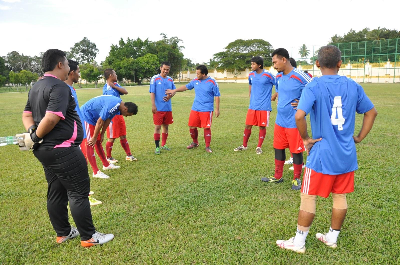 Perlawanan Bola Sepak Perlawanan Bola Sepak Jkn