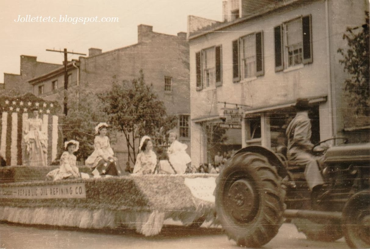 Shenandoah Apple Blossom Parade April 1948