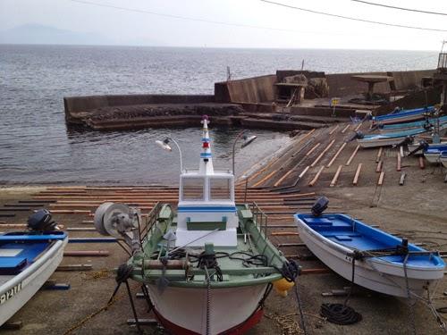 かれい崎荘の前にあった小さな港