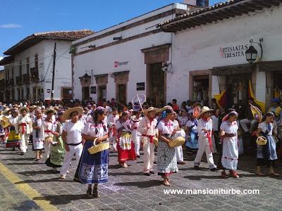 Desfile por el 479 Aniversario de Pátzcuaro
