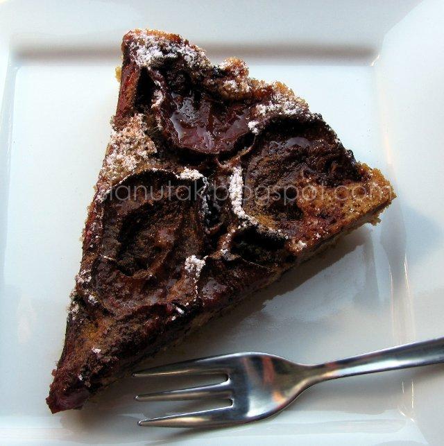 Preokrenuti kolač od šljiva (C) Enola Knezevic 2012