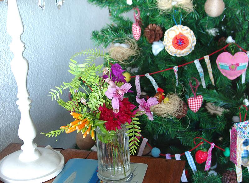 Lalibelula arbol de navidad con adornos de fieltro y tela - Arbol de navidad de fieltro ...