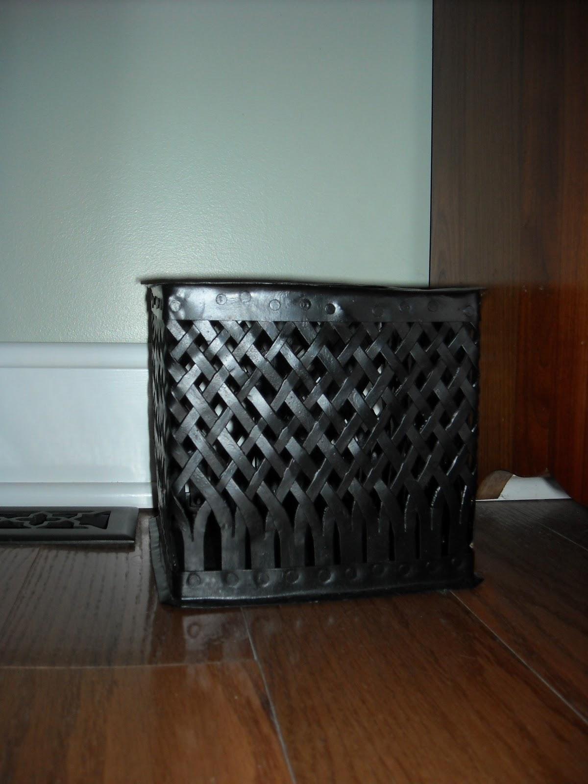 better me better world make do alternatives to trash cans. Black Bedroom Furniture Sets. Home Design Ideas
