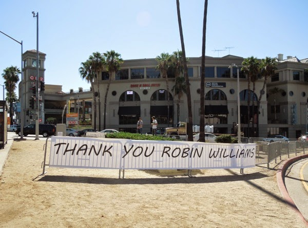 Thank You Robin Williams desk tribute Sunset Strip