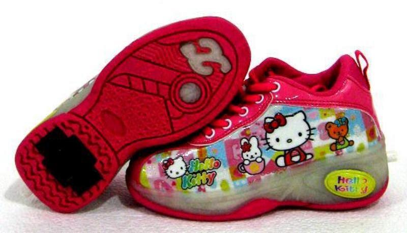 Gambar sepatu hello kitty cantik untuk anak