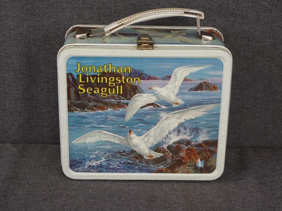 jonathan livinston seagull essay