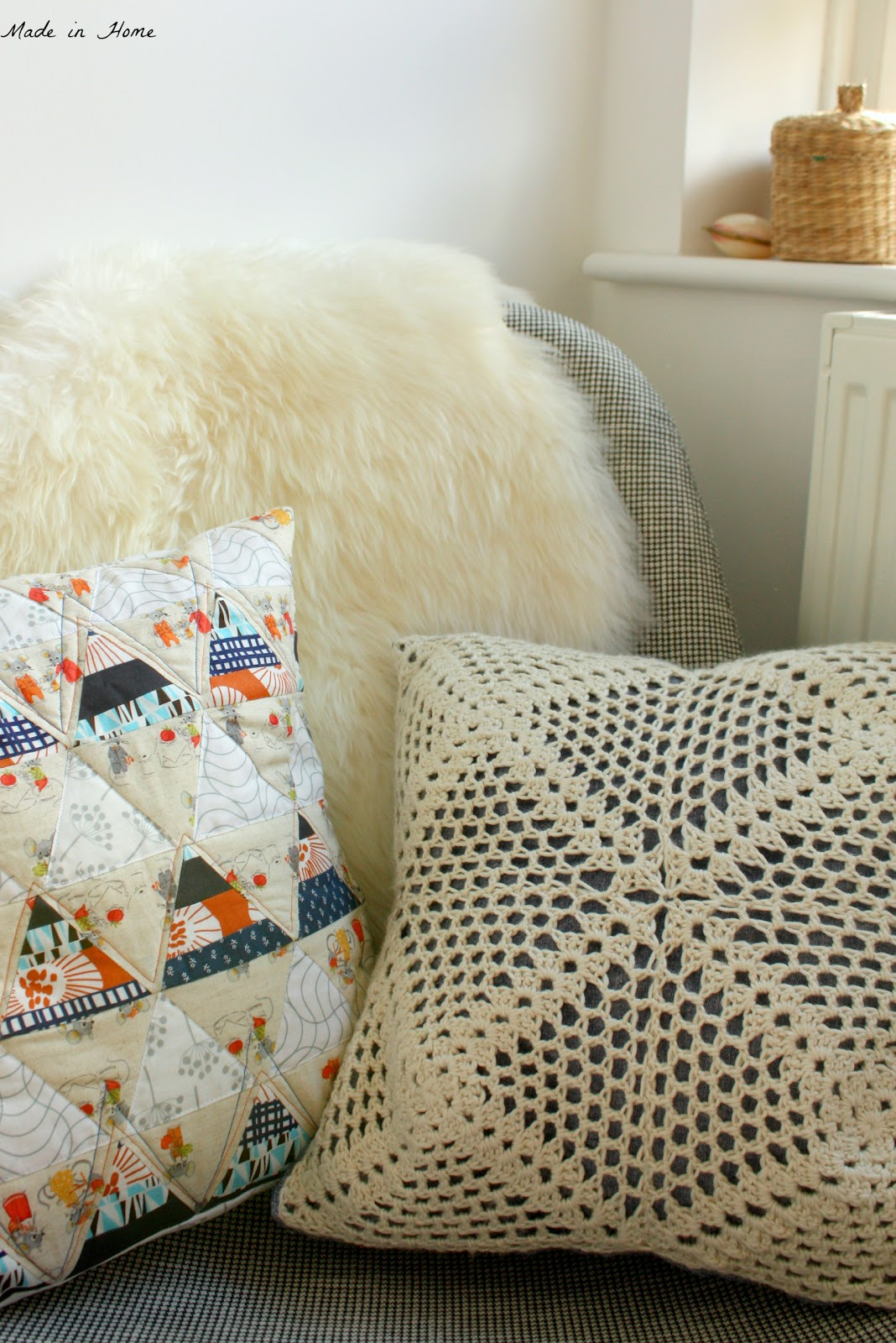 Made in Home: Vintage Crochet Cushion {Free Pattern}
