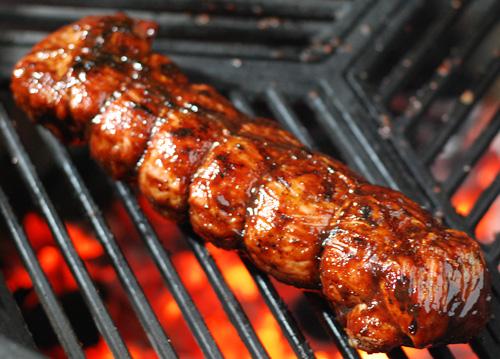 easy grilled pork tenderloin recipe, blackberry bbq sauce