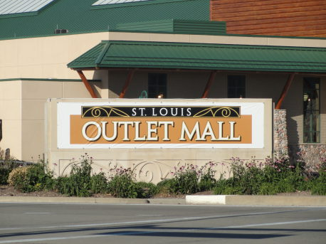 play st louis st louis outlet mall hazelwood