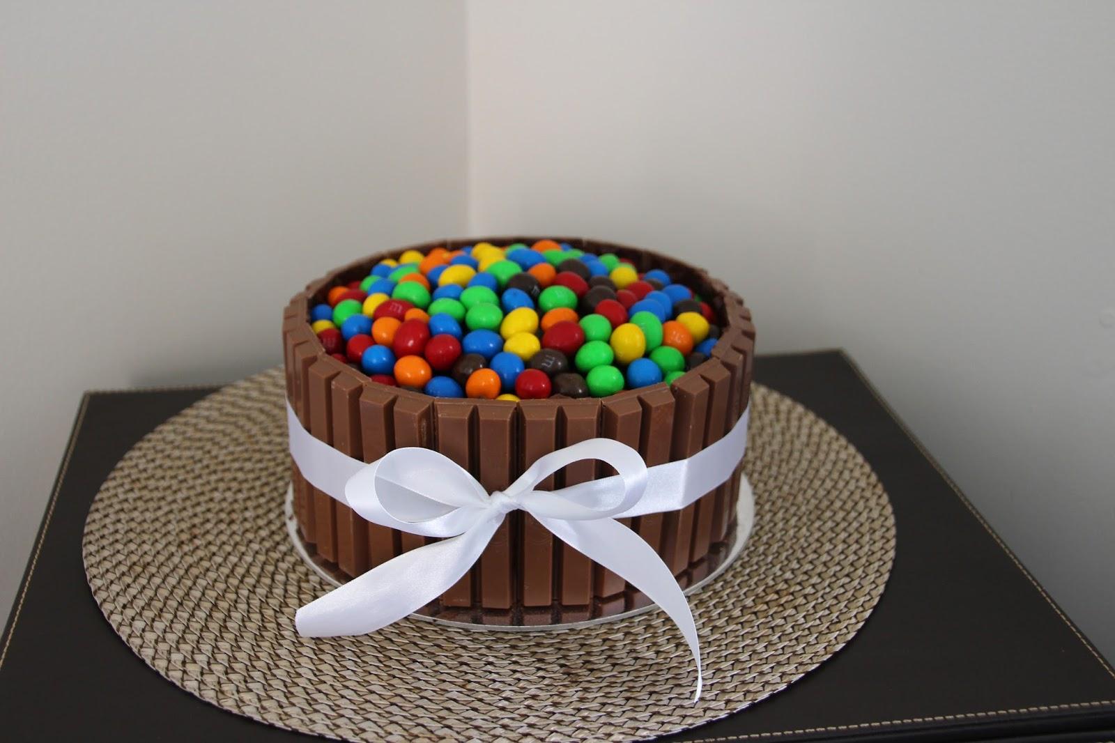 Cassadiva Kit Kat and MM Cake