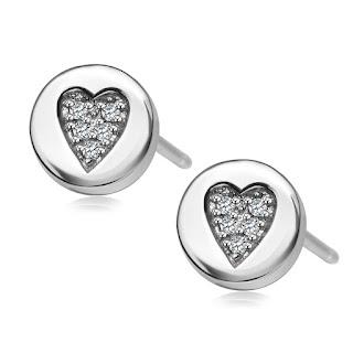 srebrne kolczyki serduszka YES najmodniejsze na prezent na gwiazdkę 2015
