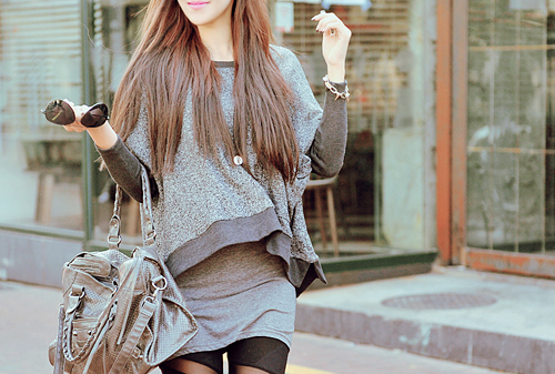 teens magz   100 plus amazing clutches  hand  u0026 shoulder bags