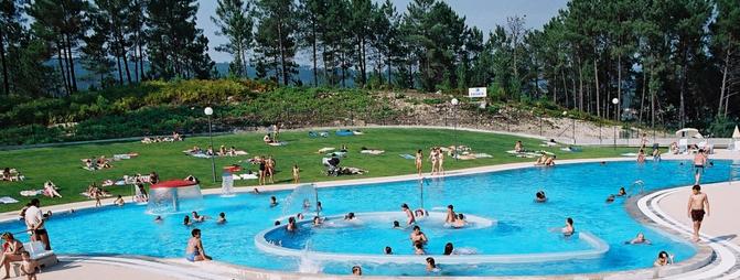 Piscinas publicas agua mgica usuarios se quejan de la for Cuando abren las piscinas en madrid