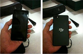 First BlackBerry 10 Prototype Live Pictures Leak