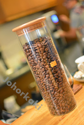 Kopi-Luwak-Civet-Cat-Coffee