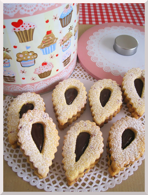 Cranberry Linzer Cookies Recipes — Dishmaps