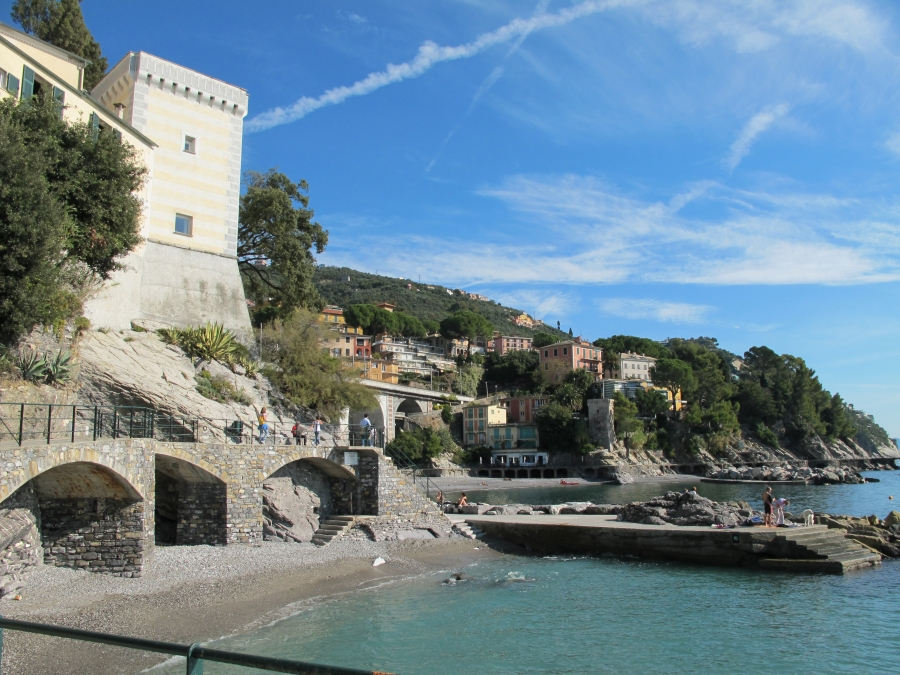 Zoagli Italy  city photos gallery : Papillon 971: Scenic coast of Zoagli Ligure, Italia