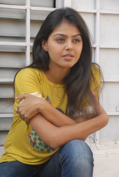 monal gajjar new new movie launch cute stills
