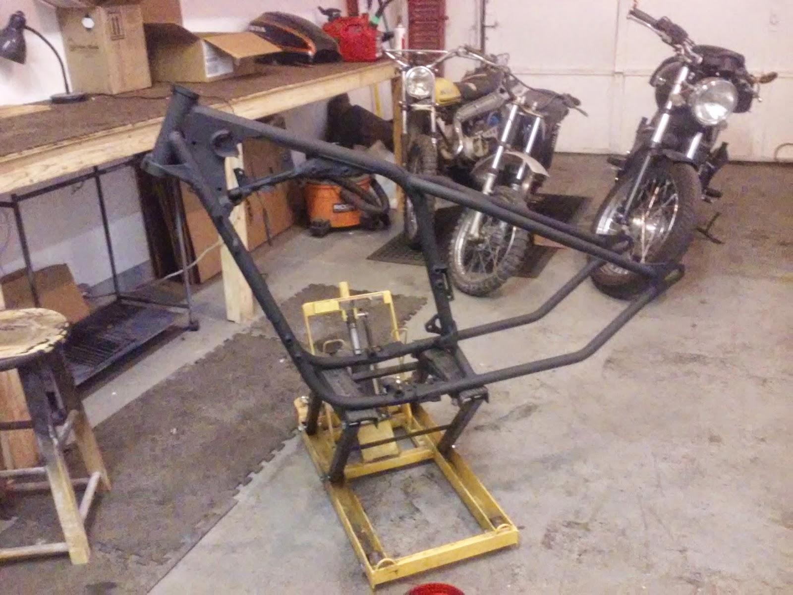 Rusty Bolt Garage: Yamaha XS650 Hardtail Frame